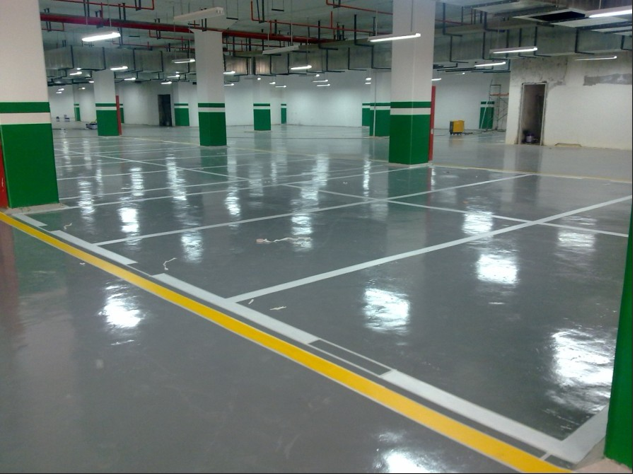 Gray Parking Lot Self Leveling Epoxy Floor