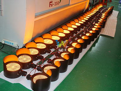 synchronous-fog-traffic-lamps-4