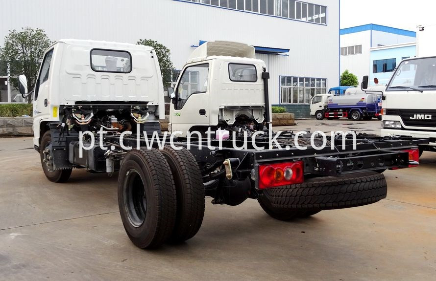 Medium Duty Towing truck chassis 3
