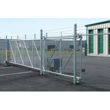 Vandal resistant Low maintenance chain link fence
