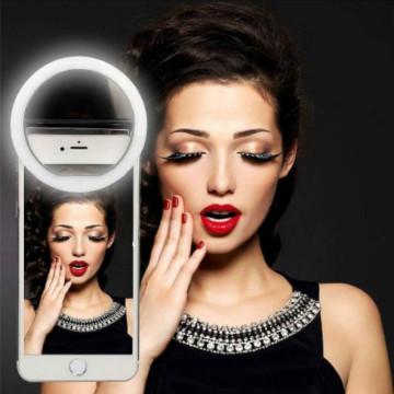 Universal Portable LED Selfie Light Ring Clip for Mobile Phone Camera Lenses Beauty Lamp Fill Light Supplementary Accessories