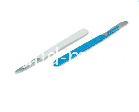 CL-SA0001 Surgical blade With plastic handle (1)
