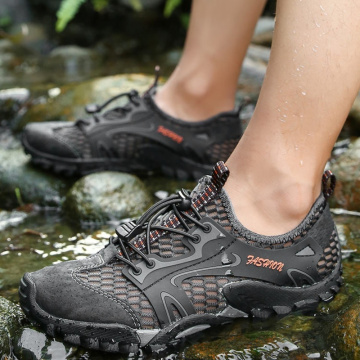 Summer Casual Beach Shoes Men Water Shoes Outdoor Hiking Shoes Breathable Sandals Shoes Slip-on Mesh Sneakers Trekking Sandale