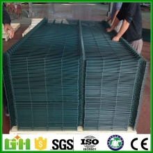 factory price fence pvc coated wire mesh fence