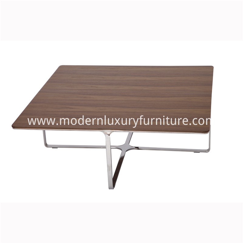Accent Cocktail Table Repica