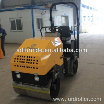 Construction Machinery Gasoline Double Drum Roller Asphalt Compactor (FYL-900)