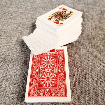 playing cards queen of hearts