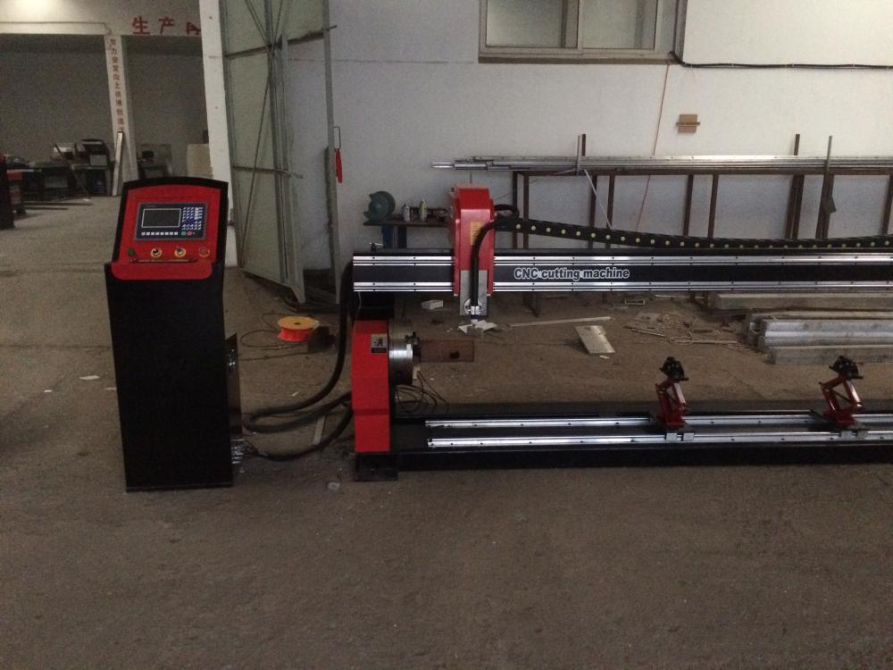 CNC plasma pipe cutting tool with jig