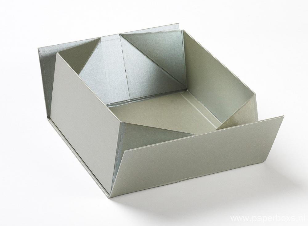 Silver Collapsible Box With Centre Folding