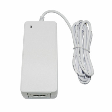 20V 45W Universal AC Input Laptop Power Adapter