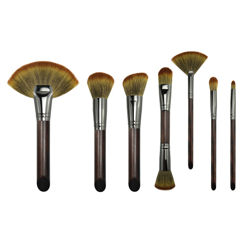 Setel profésional of 7 Brushes