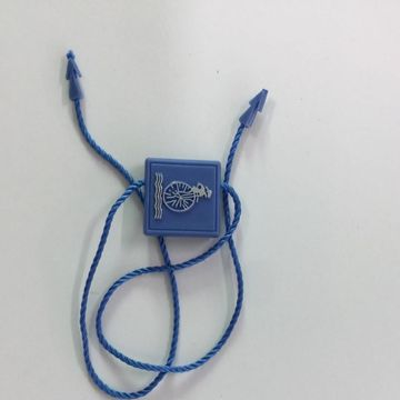 Creative Sales tags with strings have good quality