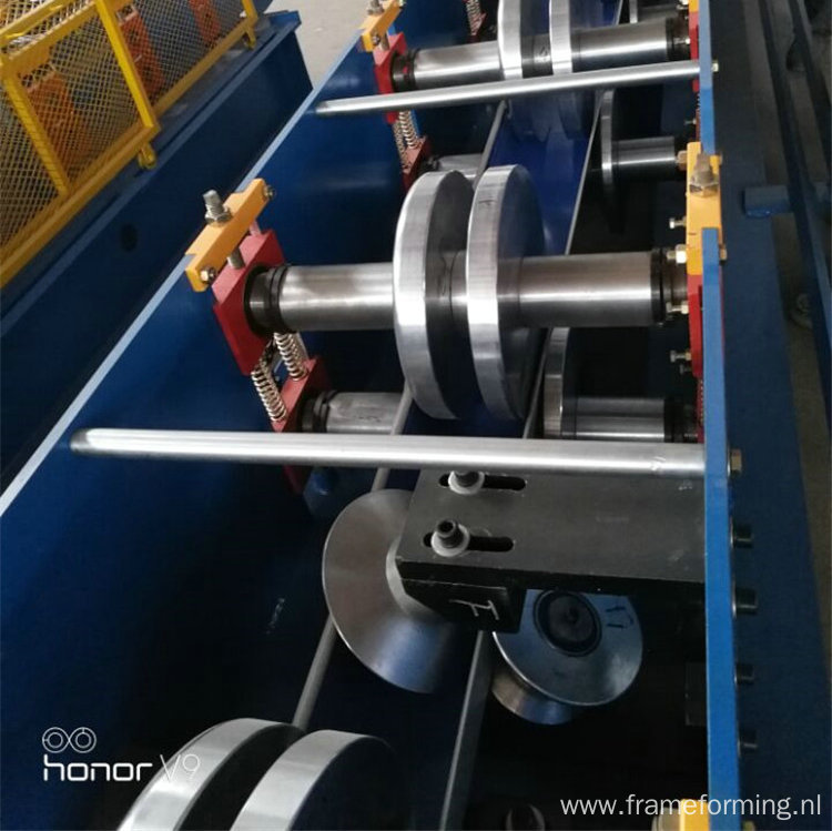 metal water gutter cold rolling machine