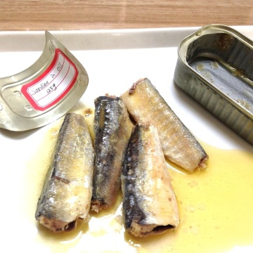 Canned Sardine In Brine With Vegetable Oil