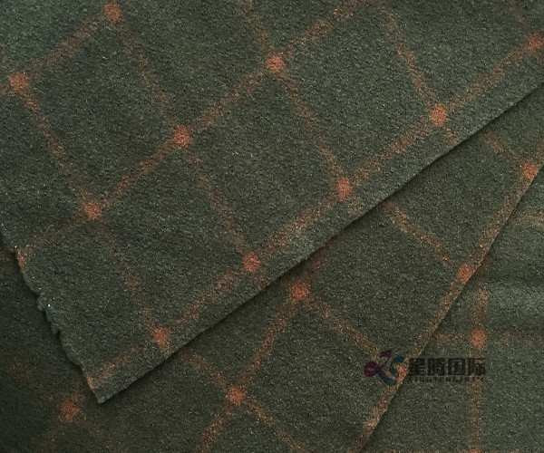 80% Wool And 20% Nylon Checked Fabric