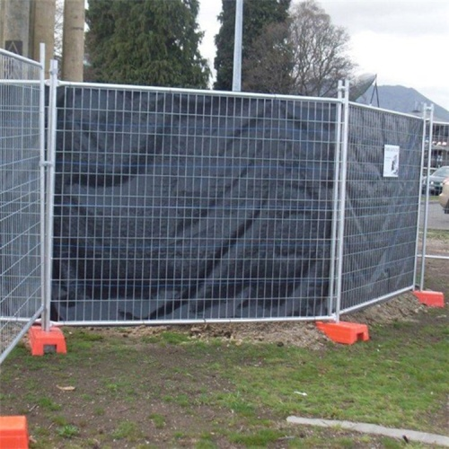 construction site temporary fencing for golf course