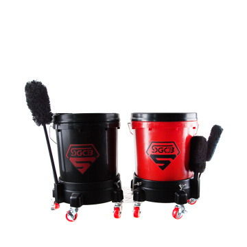 SGCB car wash bucket with grit guard