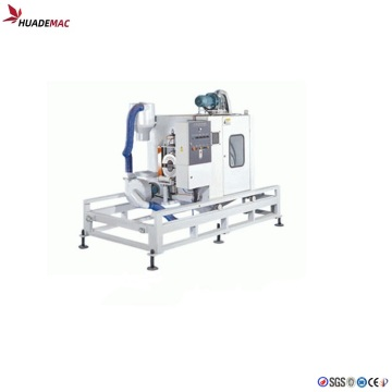 Plastic pipe cutting machine
