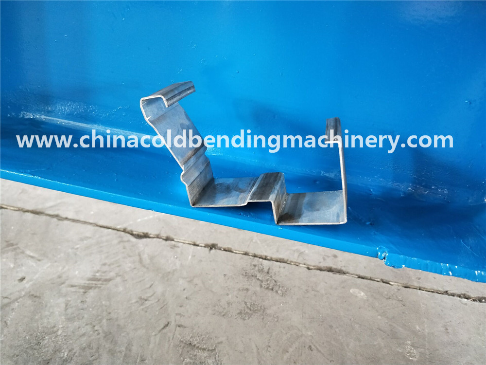 Metal And Steel Frame Roll Forming Machine For Door