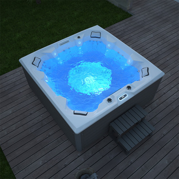 High quality indoor hot tub for apartment