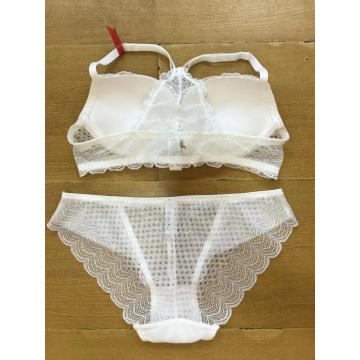 Front closure bra and lace panty set