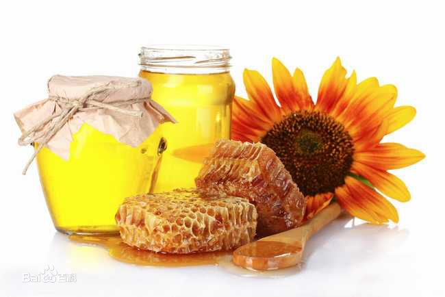 sweet yellow sunflower honey bee products