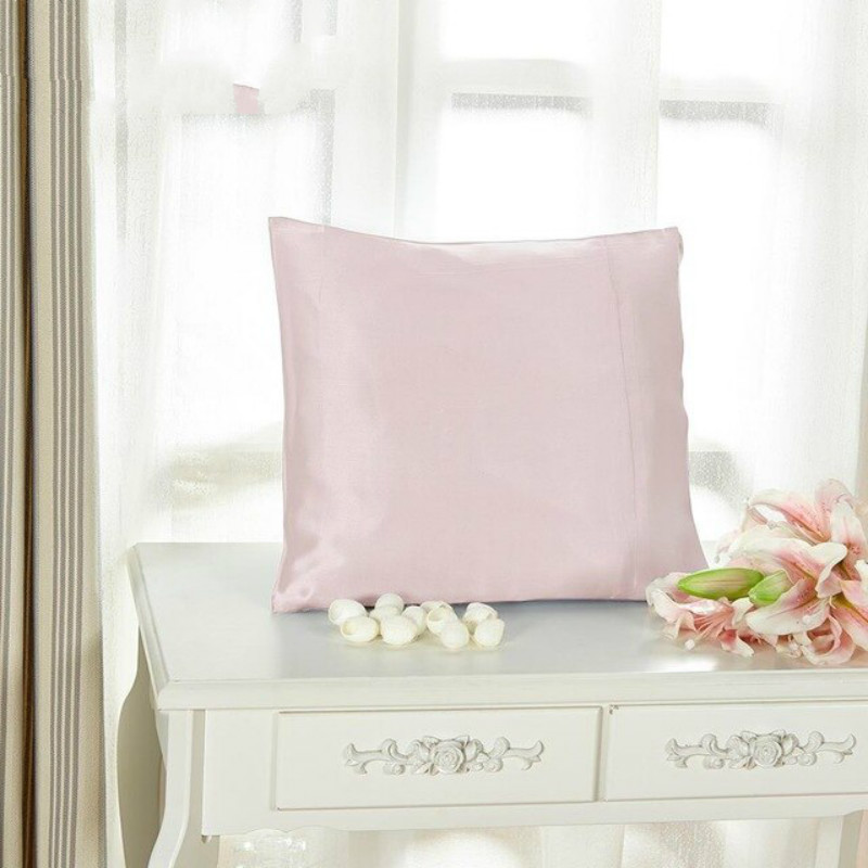 Light Plum Silk Pillowcase