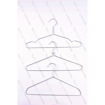 Sleek Lightweight Aluminium Hanger with silver color