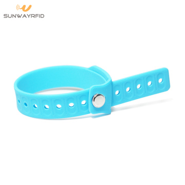 LF/HF/UHF Adjustable Silicone RFID Pocket Wristband