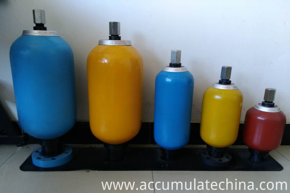 Hydraulic Accumulator Different types