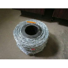 Reverse twist Hot dipped galvanized barbed wire