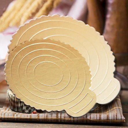 double round cake board