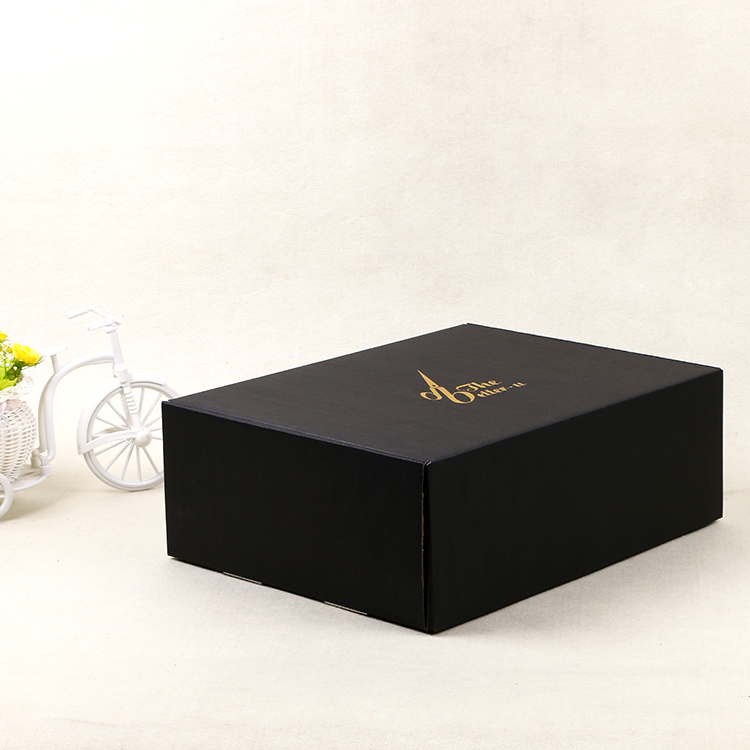 Black mailer box hat shipping box
