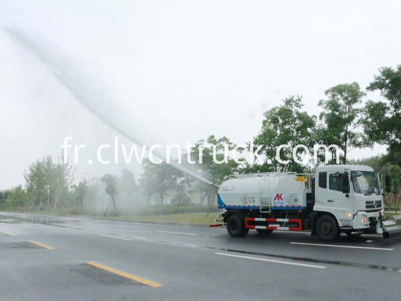 high pressure water jetting truck working 7