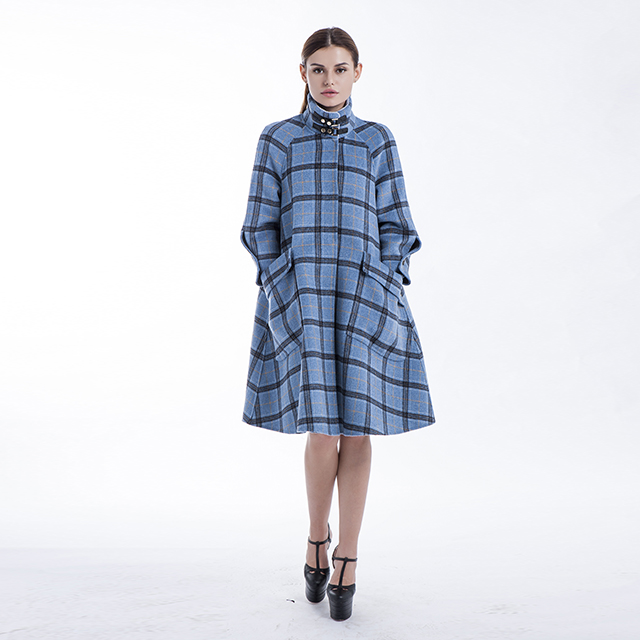 Plaid double-breasted cashmere overcoat