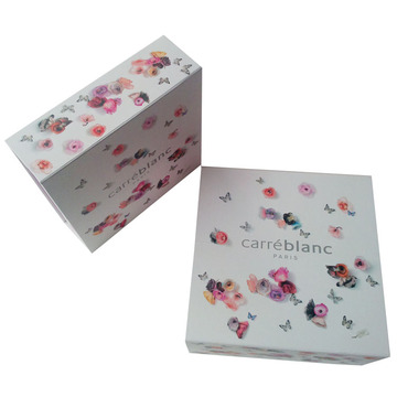 Custom Luxury Gift Clothing Folding Paper Box