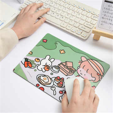Mini Cartoon Mouse Pad Computer Accessories Cute Girl Personality Creative Desk Mat For Game Computer 23.5*17.8cm