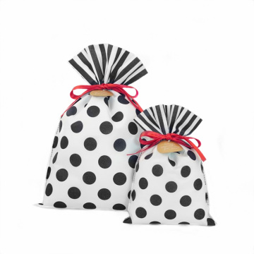 Black Dots White Daily Gift Wrapping Bags 30x45cm