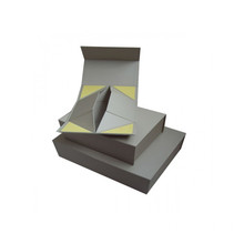 Apparel Corner Folding Gift Paper Box