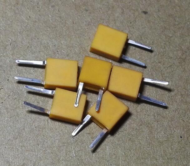 20PCS 455E 455KHz 455K CERAMIC Crystal Oscillator DIP TPYE