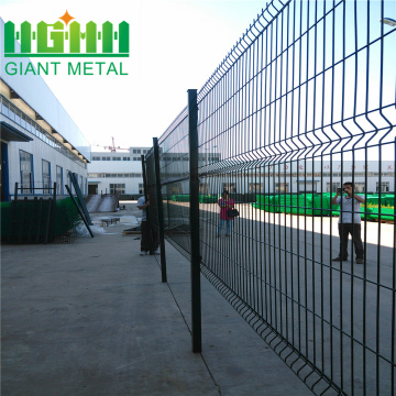 Galvanized wire mesh fence panel