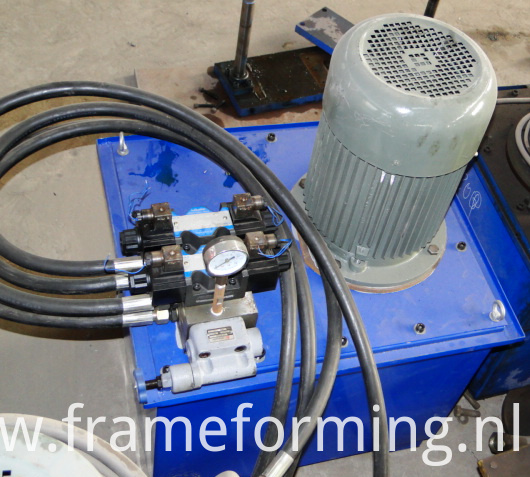 Metal Ridge Cap Tile Making Machine 08