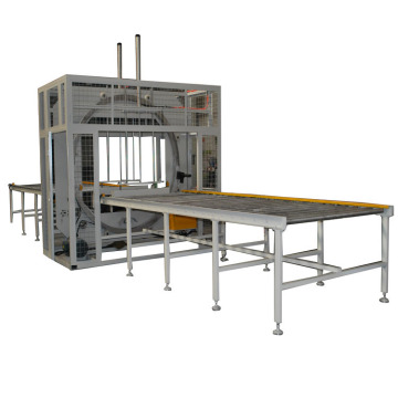 Wrapping machine for door