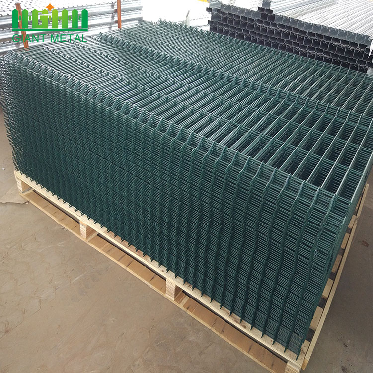PVC Coated 3D Curvy Welded Wire Mesh Fence