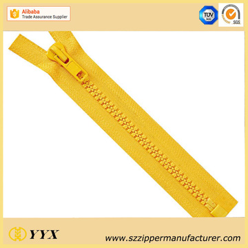 No.3 Plastic Molded Zipper with Dynamic Teeth