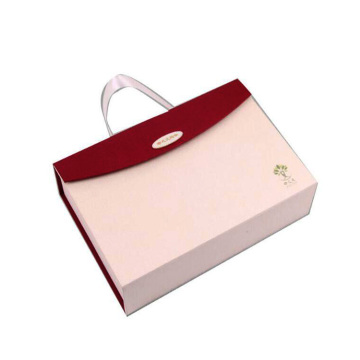 New design magnetic closure paper bag with handle