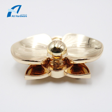 Nice Style Petal Shape Hardware Decorative Accessory