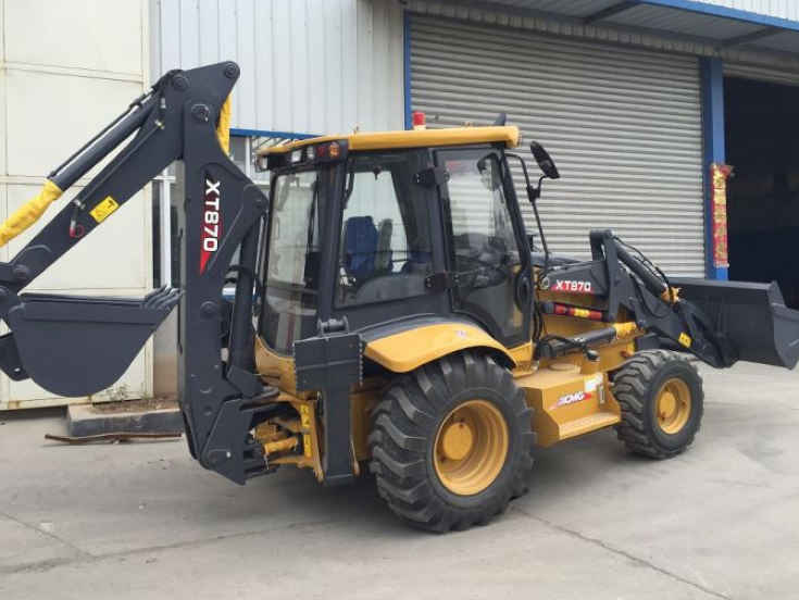 Backhoe Loader Xt870