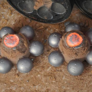 VEGA quality cast ball for mining and cement