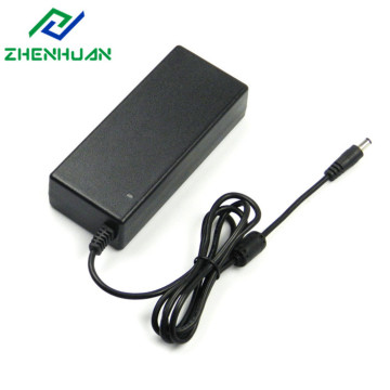 28 V 3A 84 W AC DC Adapter Typ C